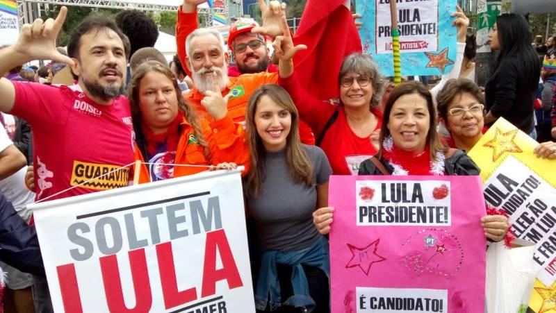 No Bloco Lula Livre da Parada LGBT 2018