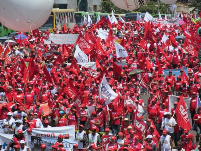 marcha_centrais_mov_sociais_2013